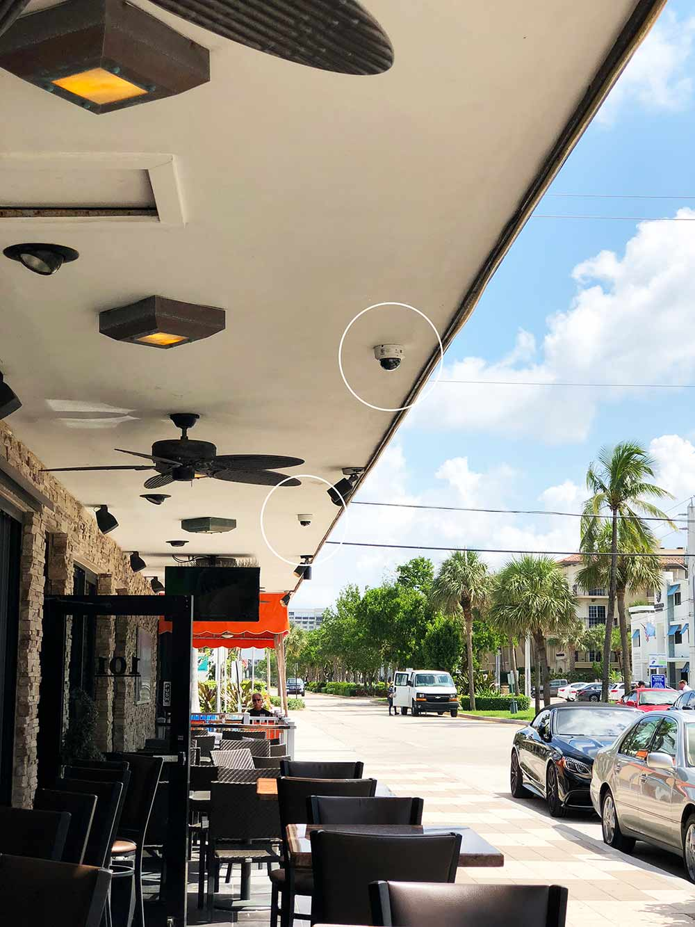 restaurant-security-camera-outdoor-installation