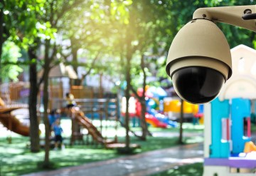 Summer-CCTV-pogtus-recomends-security-cameras
